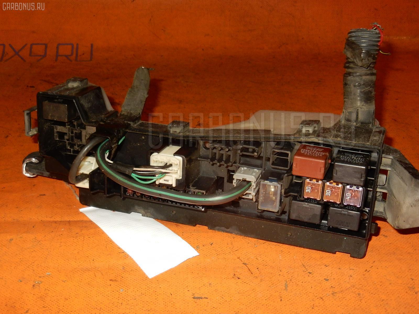 Блок предохранителей TOYOTA COROLLA FIELDER ZZE122 1ZZ-FE Фото 2