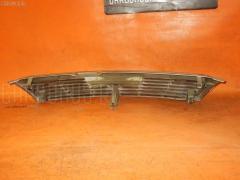 Решетка радиатора Nissan Bluebird HU14 Фото 3