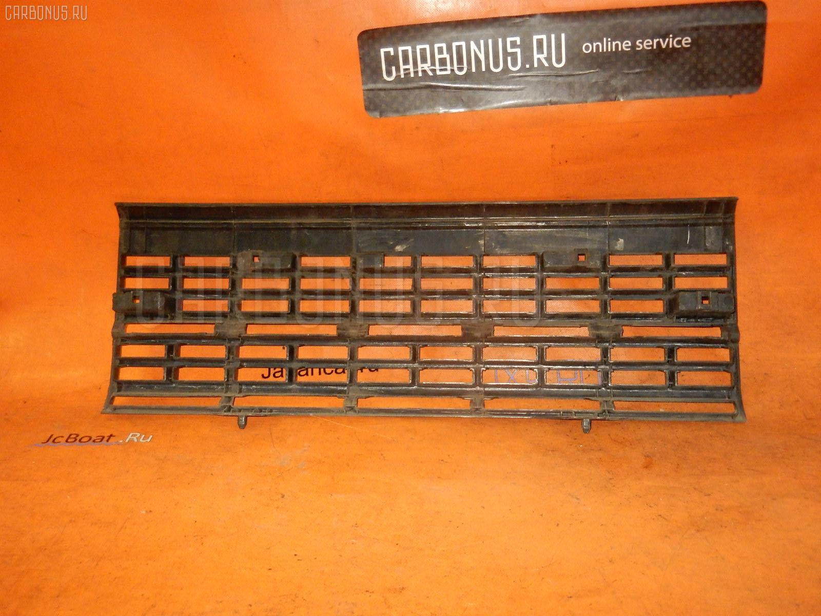 Решетка радиатора NISSAN CARAVAN VTGE24 Фото 2
