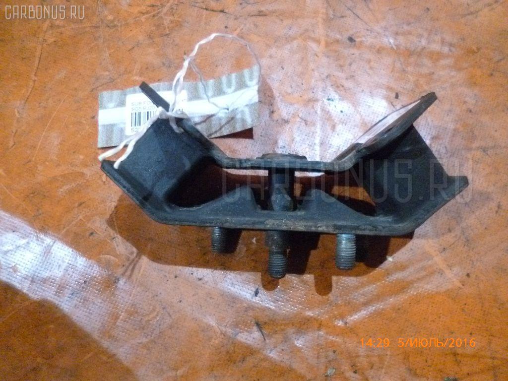 Подушка КПП SUBARU FORESTER SG5 EJ20-T Фото 2