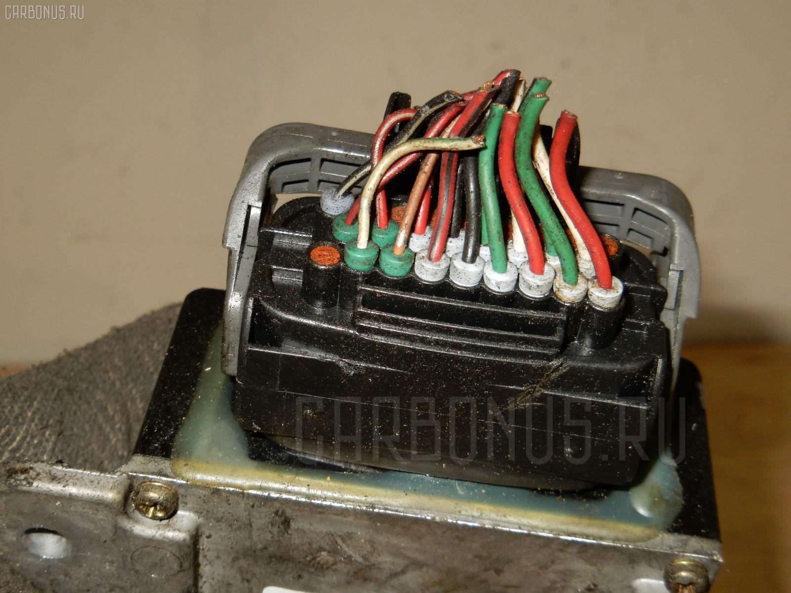 Блок управления инжекторами MITSUBISHI CHARIOT GRANDIS N94W 4G64 Фото 3