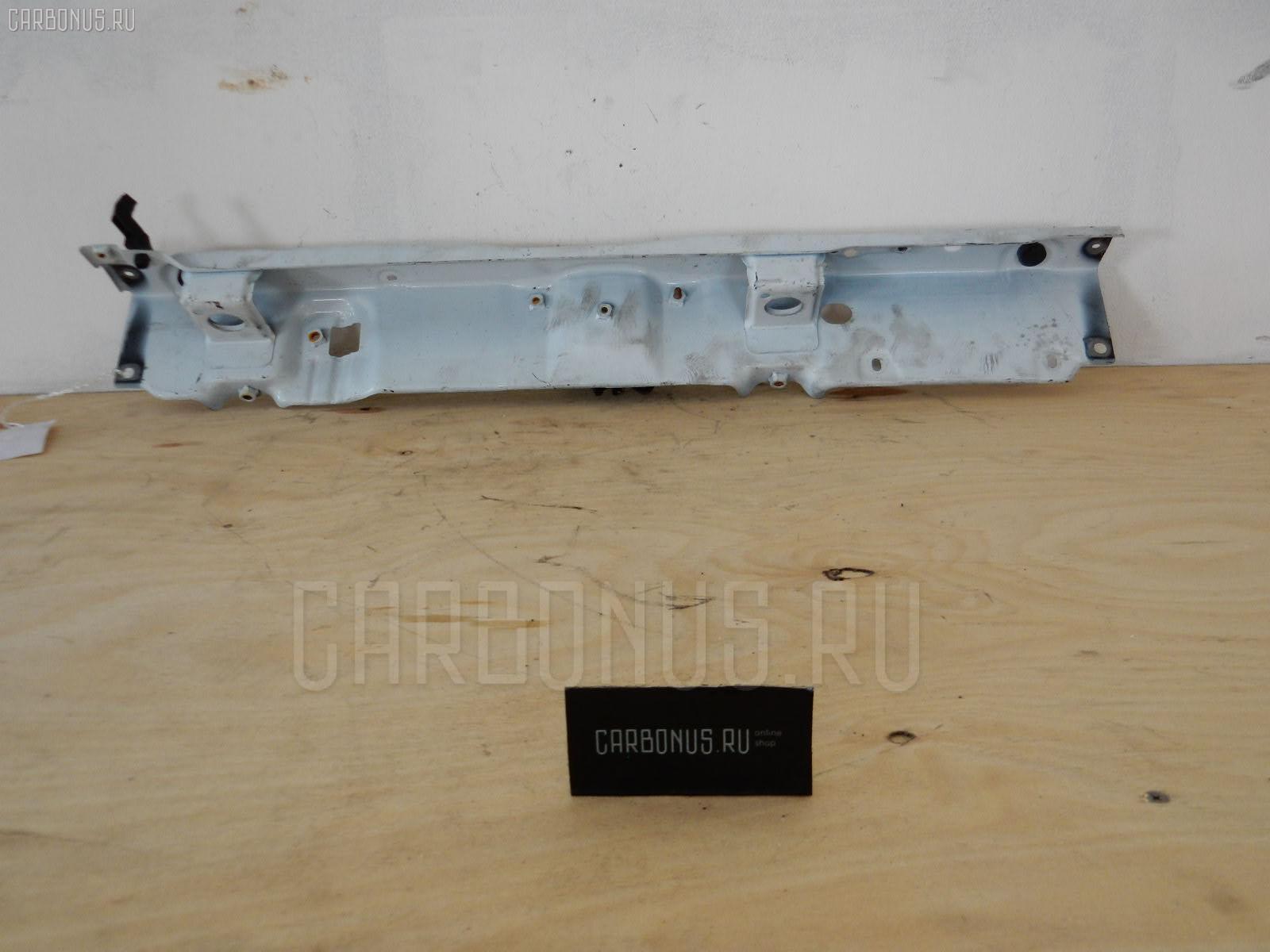 Планка телевизора TOYOTA SIENTA NCP81 1NZ-FE Фото 1