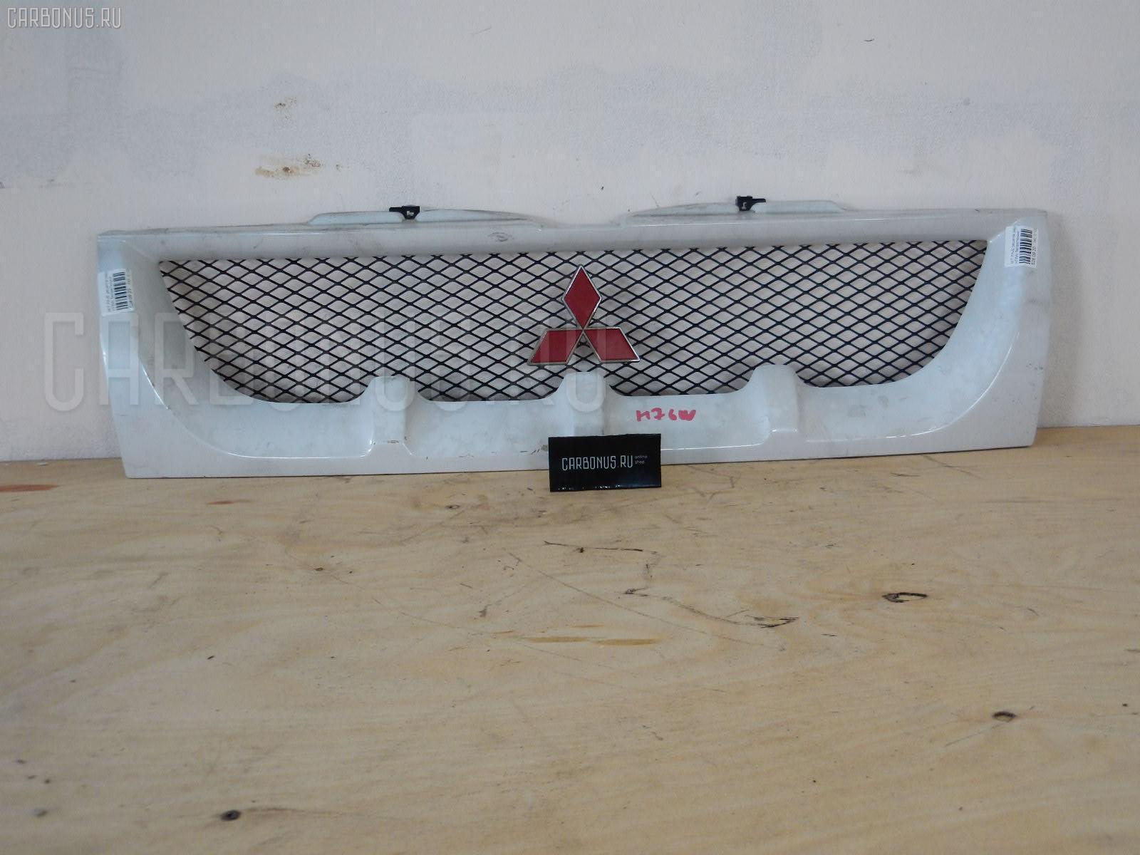Решетка радиатора MITSUBISHI PAJERO IO H76W Фото 1