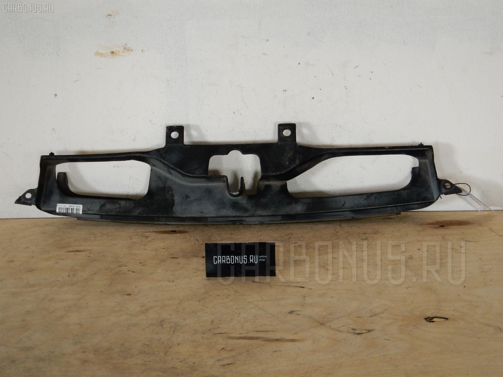 Решетка радиатора HONDA GH1 Фото 1