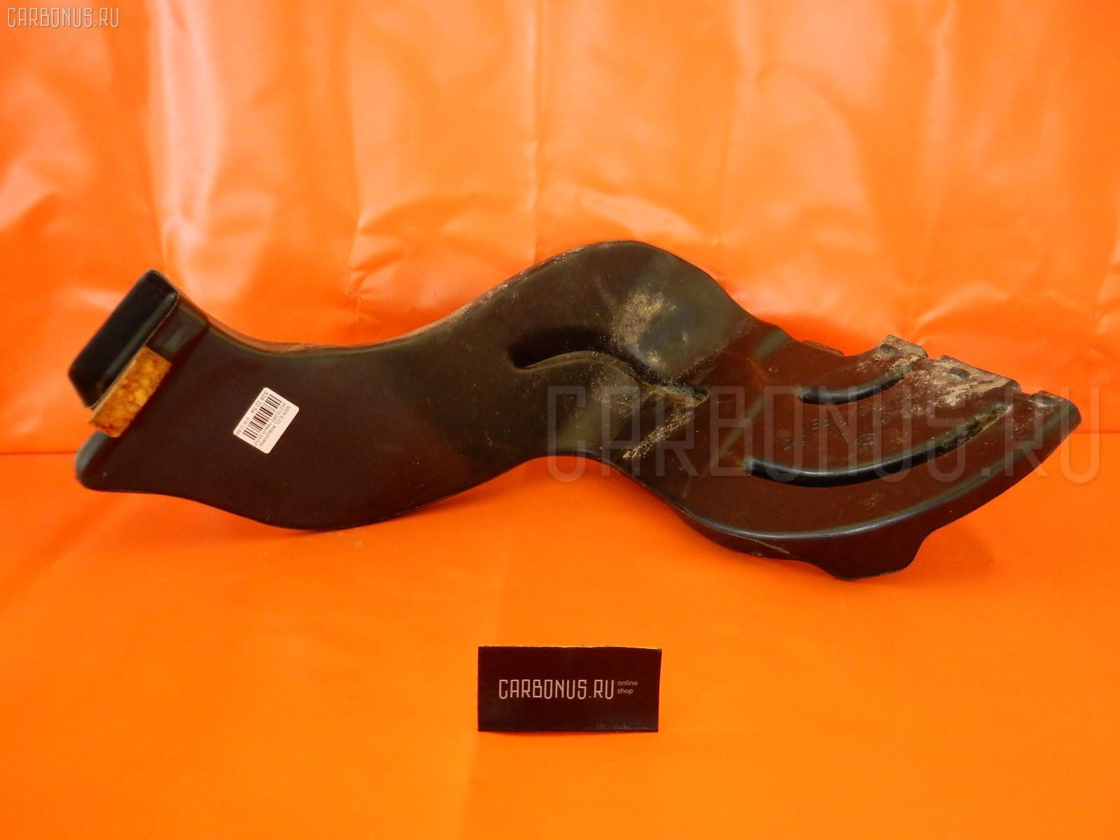 Воздуховод печки MERCEDES-BENZ E-CLASS W210.065 Фото 1