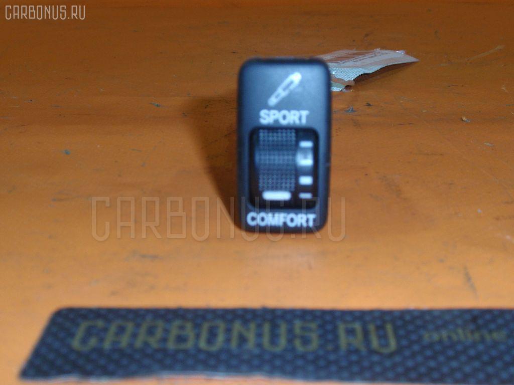 Кнопка на Toyota Camry ACV30 Фото 1