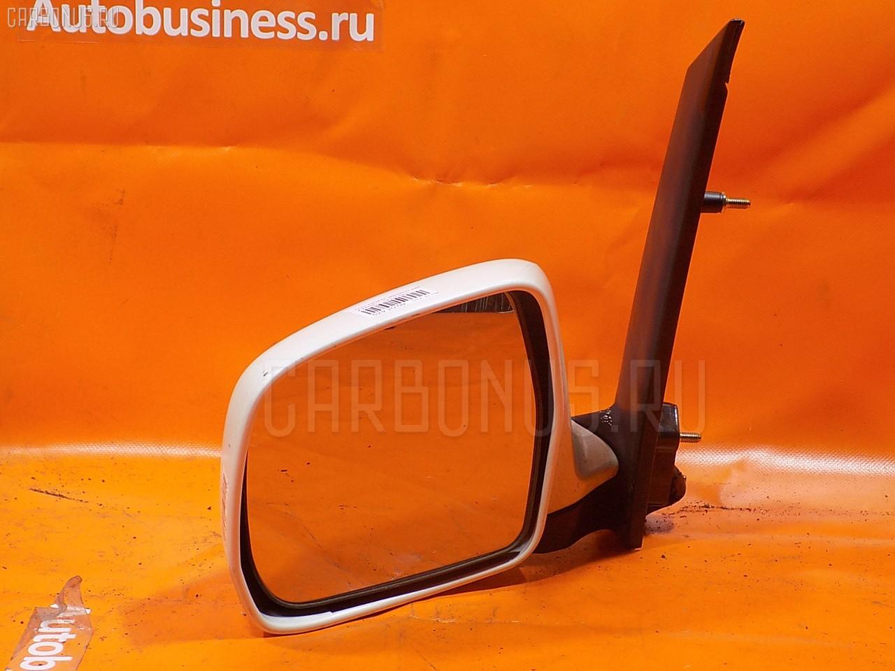 Зеркало двери боковой TOYOTA NOAH AZR60. Фото 7