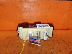 Блок упр-я стеклоподъемниками DAIHATSU ATRAI WAGON S220G Переднее Правое