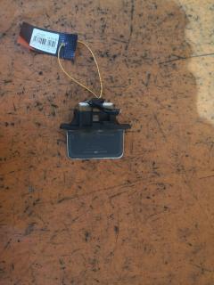 Регулятор скорости мотора отопителя NISSAN LIBERTY PM12 SR20DE 27150 WF101