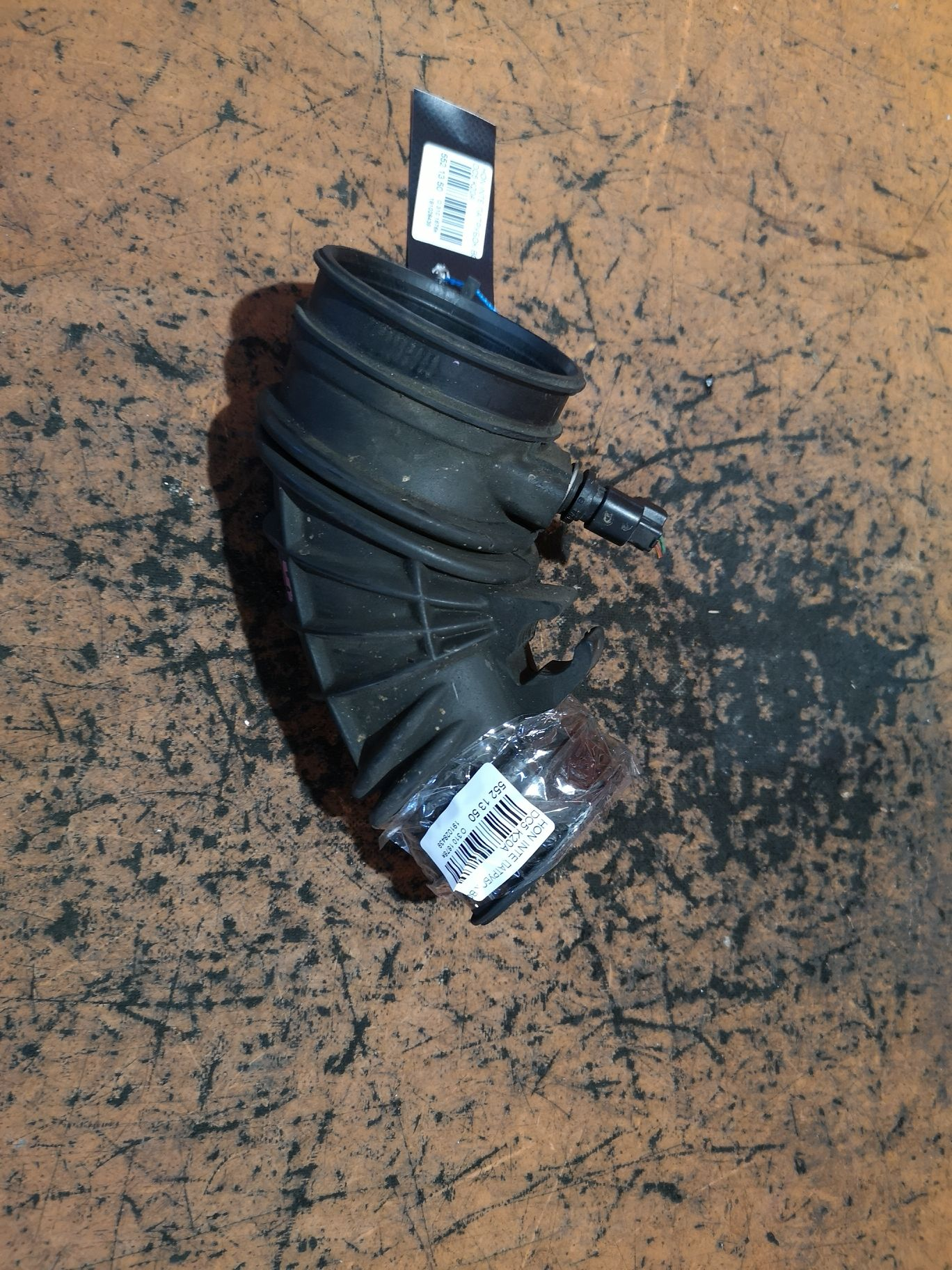 Патрубок воздушн.фильтра на Honda Integra DC5 K20A Фото 1