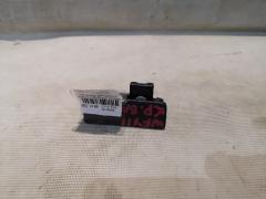 Бардачок на Nissan Wingroad WFY11 Фото 1