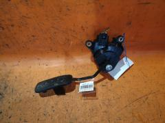 Педаль подачи топлива на Nissan Note E11 HR15DE Фото 2