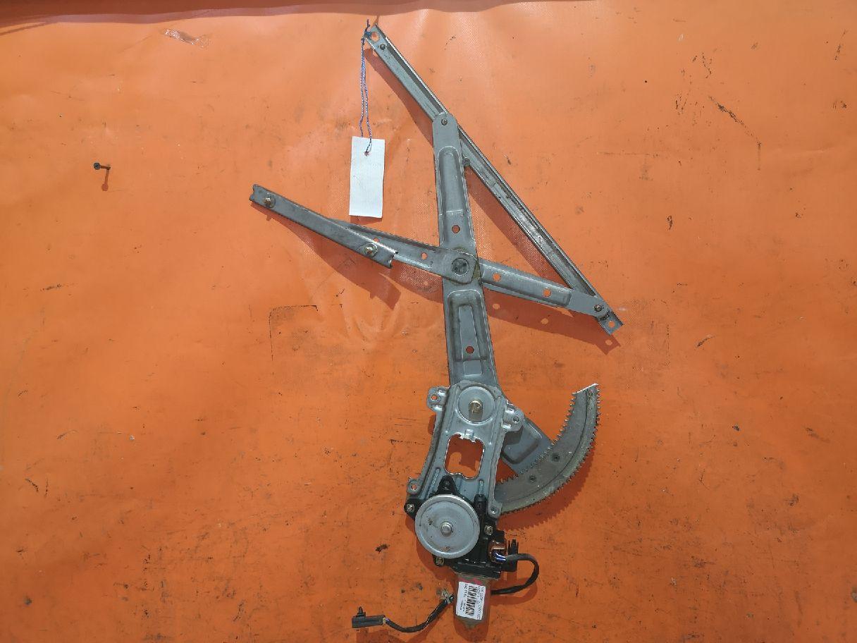 Стеклоподъемный механизм на Nissan Cube ANZ10 Фото 1