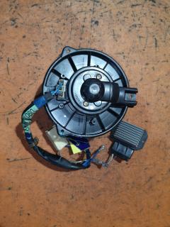 Мотор печки на Toyota Camry ACV30