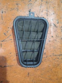Решетка вентиляционная на Audi A4 8E ALT 8E0819181