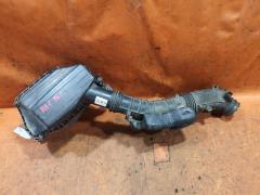Корпус воздушного фильтра на Honda Odyssey RA1 F22B