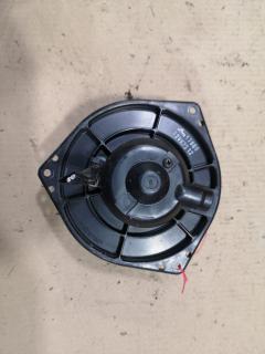 Мотор печки на Nissan Presea PR11