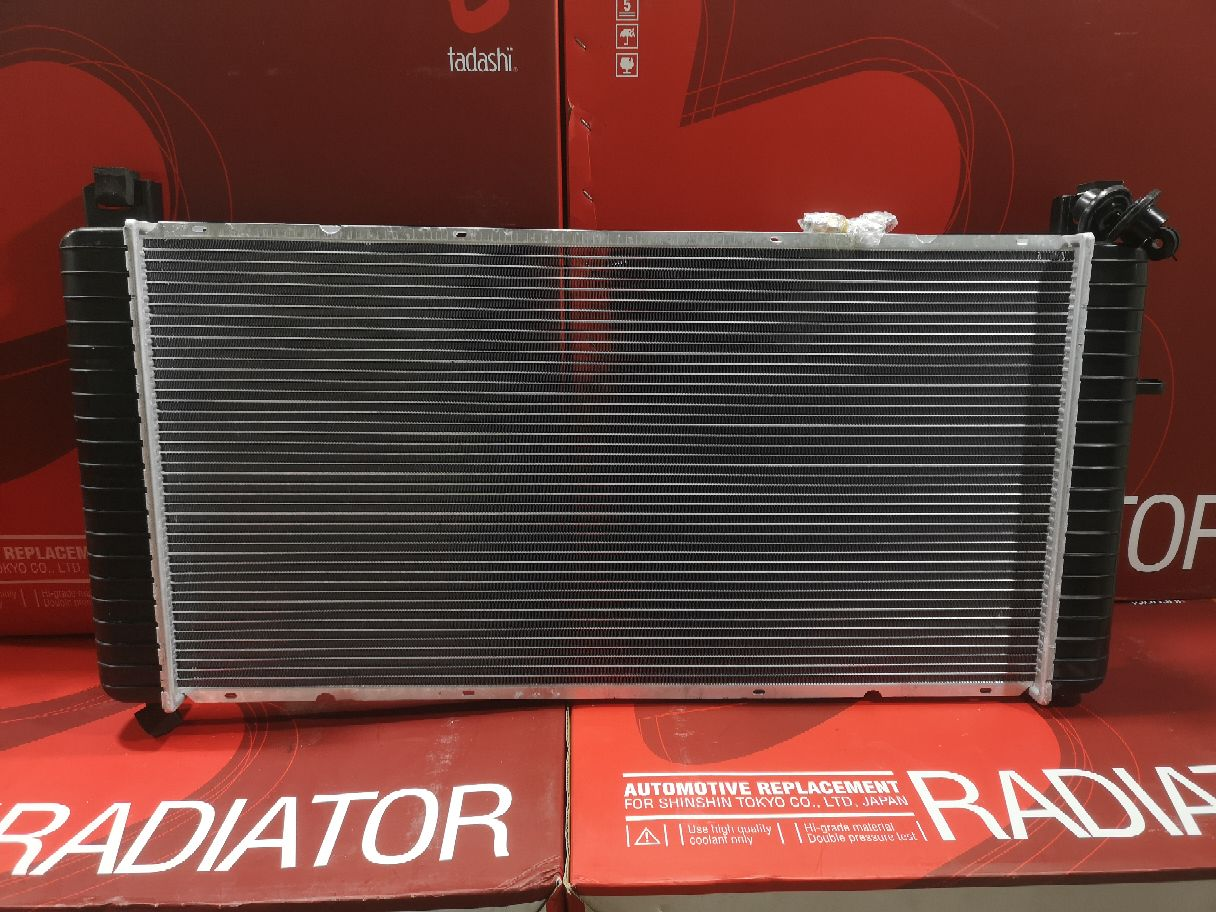 Радиатор ДВС TADASHI TD-036-4054 на Cadillac Escalade 5.3 V8 Фото 1