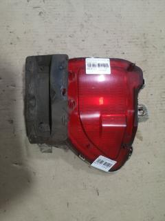 Катафот заднего бампера на Toyota Rav4 ACA31W 42-42, Правое расположение