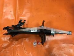 Стойка амортизатора на Nissan Sunny B15 KAYABA 333309, Переднее Левое расположение
