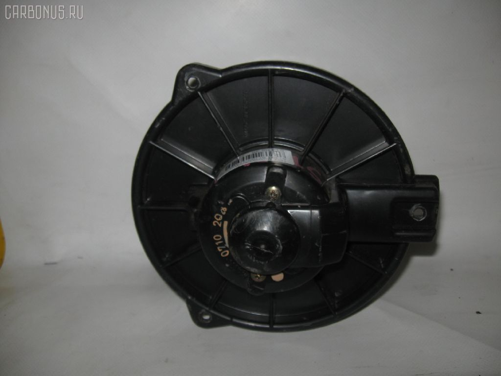 Мотор печки TOYOTA ST191. Фото 9