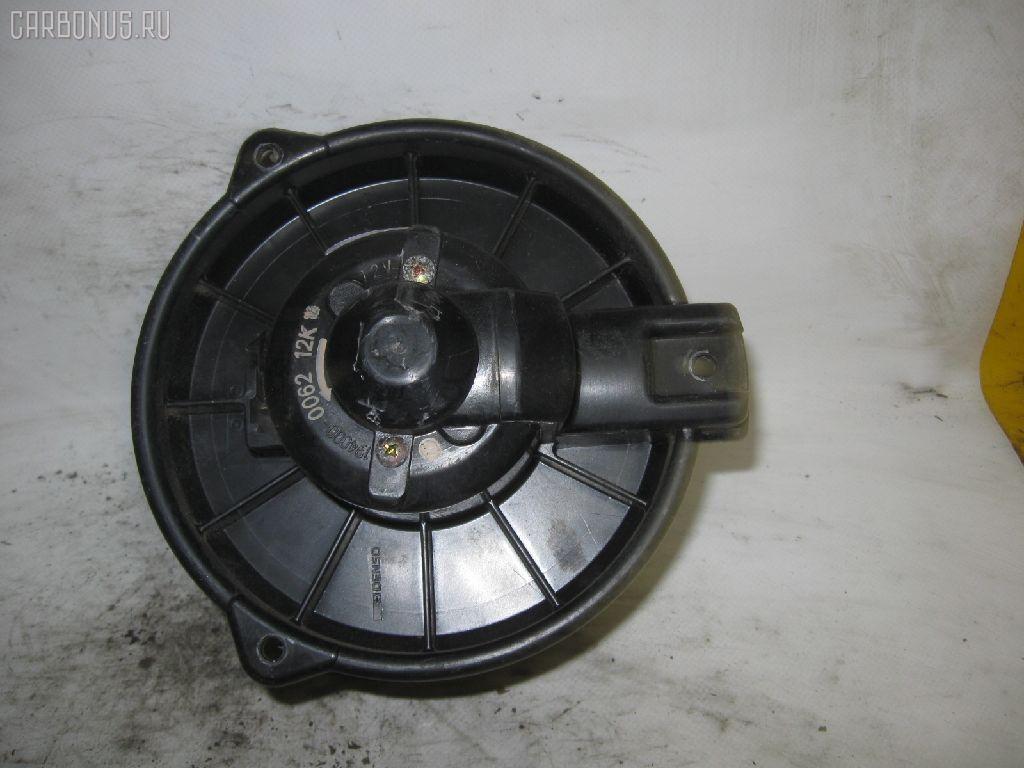 Мотор печки TOYOTA SPRINTER CARIB AE95G. Фото 2