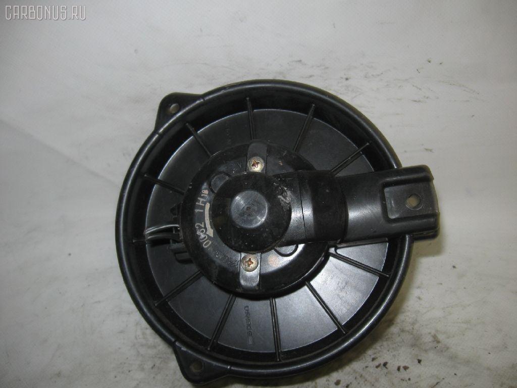 Мотор печки TOYOTA AE91. Фото 2