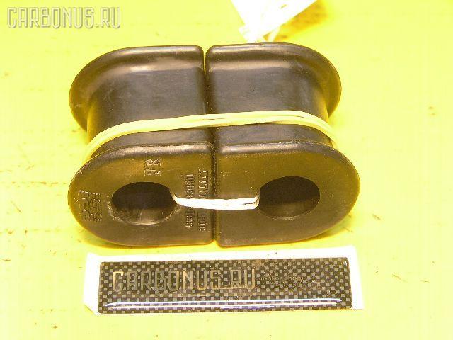 Втулка стабилизатора TOYOTA CAMRY GRACIA SXV20. Фото 3