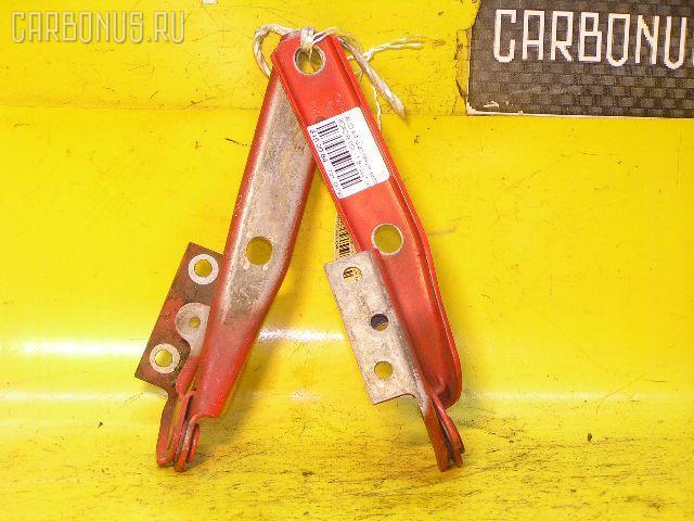 Петля капота AUDI A4 8DADR Фото 1