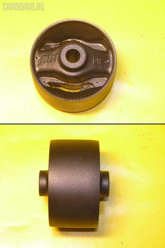 Подушка двигателя TOYOTA IPSUM SXM10 3S-FE. Фото 5