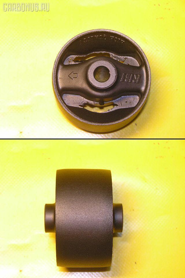 Подушка двигателя TOYOTA IPSUM SXM10 3S-FE. Фото 8
