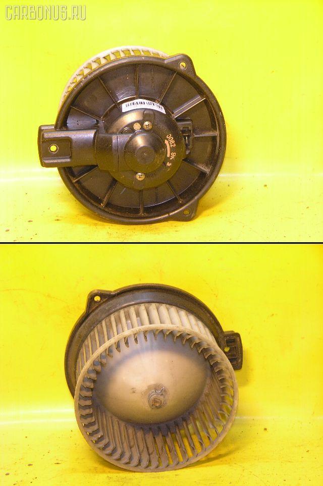 Мотор печки TOYOTA AE91. Фото 5