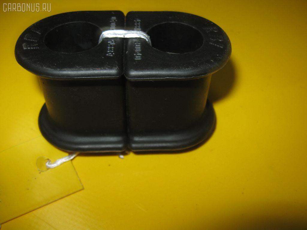 Втулка стабилизатора TOYOTA ST190. Фото 7