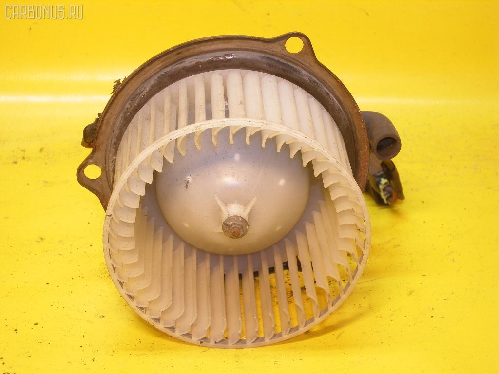 Мотор печки MAZDA BONGO FRIENDEE SGL5. Фото 2
