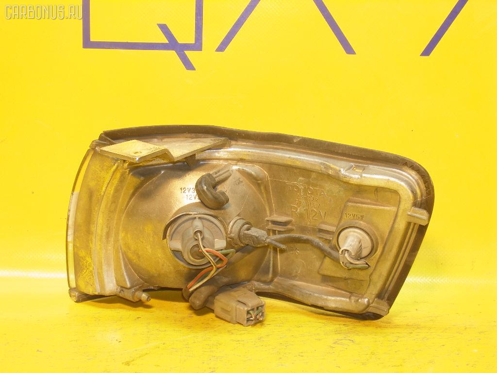 Поворотник к фаре TOYOTA CHASER GX81. Фото 5