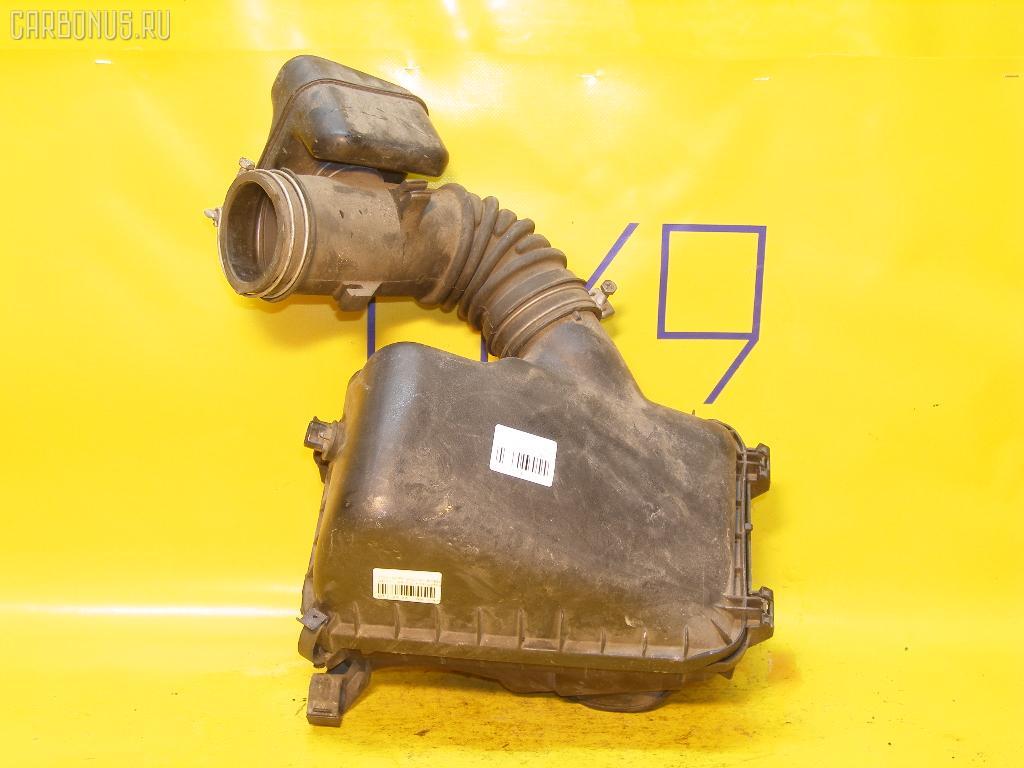 Корпус воздушного фильтра TOYOTA SPRINTER TRUENO AE111 4A-FE. Фото 2