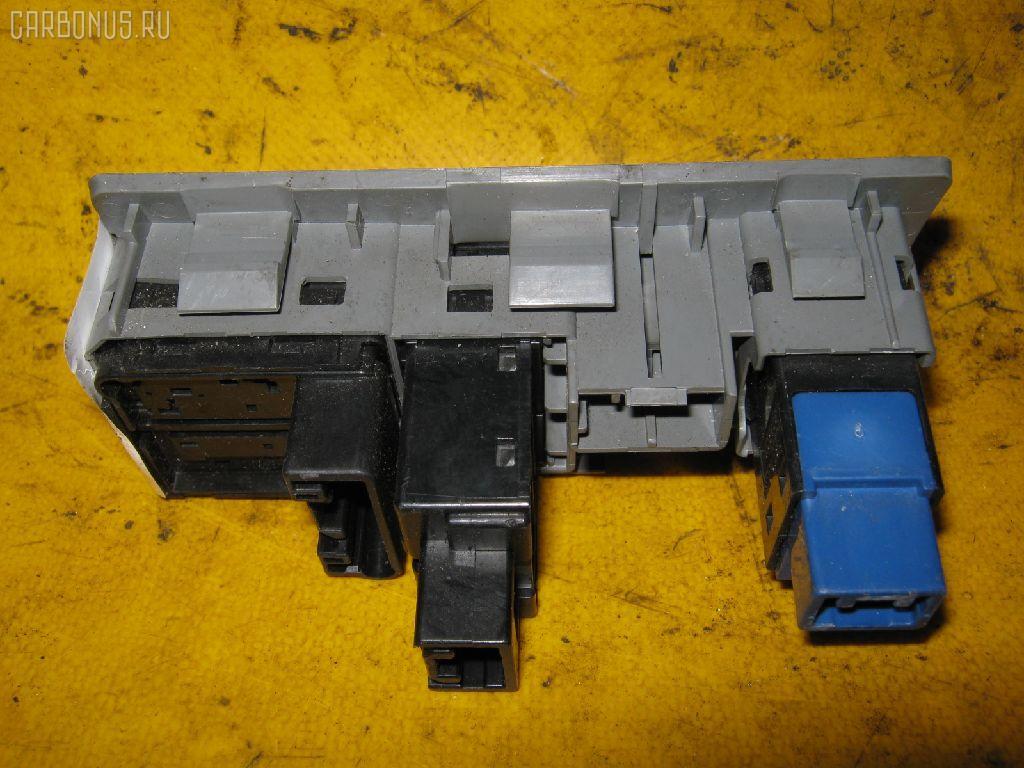 Блок управления зеркалами TOYOTA CROWN GRS180 4GR-FSE Фото 1