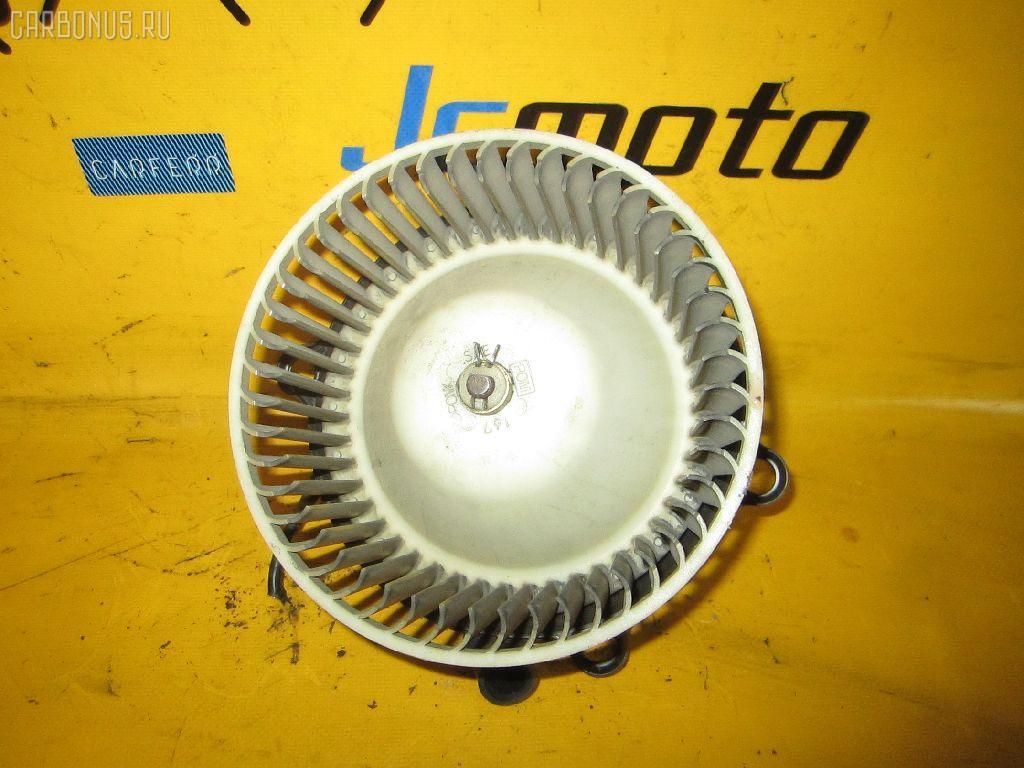 Мотор печки TOYOTA ESTIMA EMINA TCR20G. Фото 8