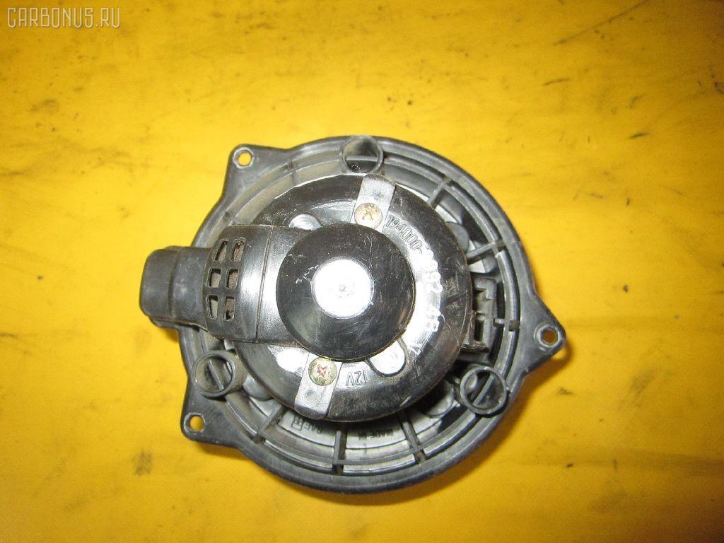 Мотор печки TOYOTA DUET M100A. Фото 10