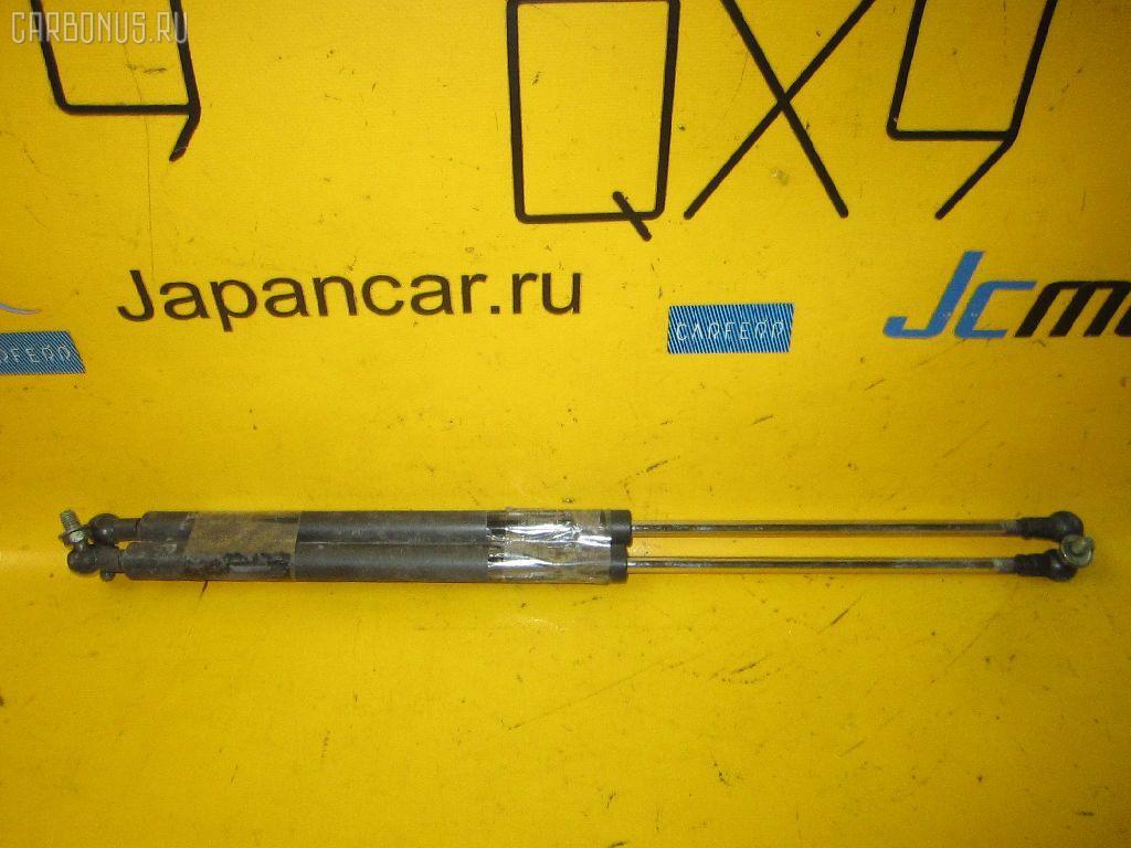 Амортизатор капота TOYOTA CHASER GX100. Фото 9