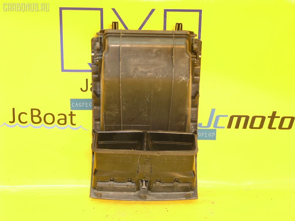 Бардачок TOYOTA IPSUM ACM21W Фото 2