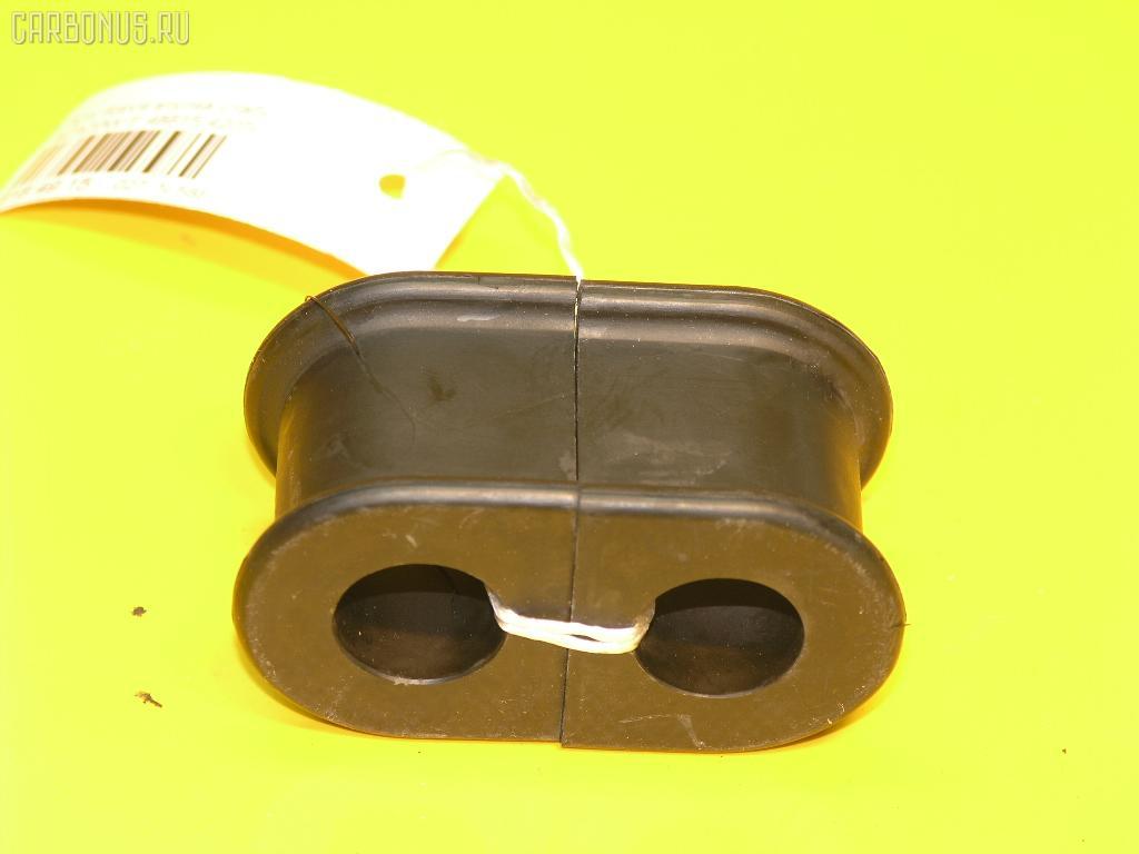 Втулка стабилизатора TOYOTA RAV4 ACA20W Фото 1