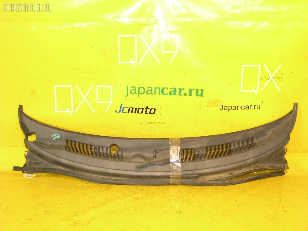 Решетка под лобовое стекло TOYOTA COROLLA SPACIO AE111N. Фото 9