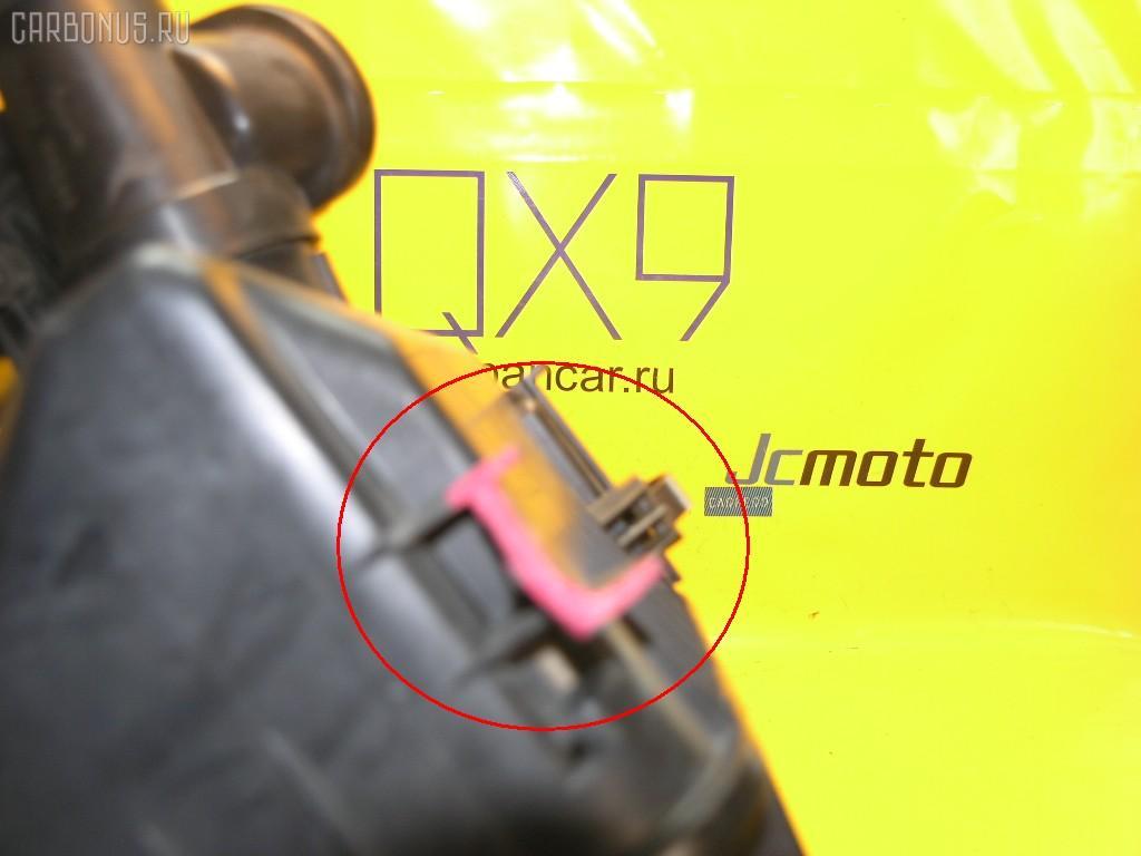 Корпус воздушного фильтра TOYOTA ALTEZZA SXE10 3S-GE. Фото 6