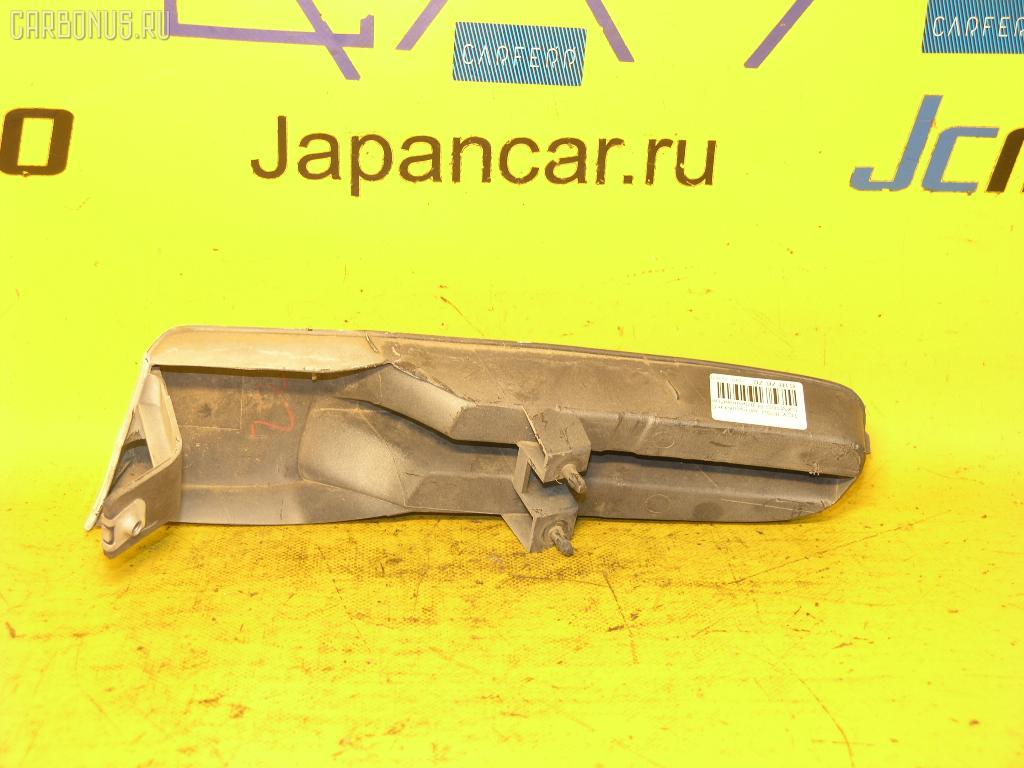 Заглушка в бампер TOYOTA IPSUM SXM10G. Фото 6