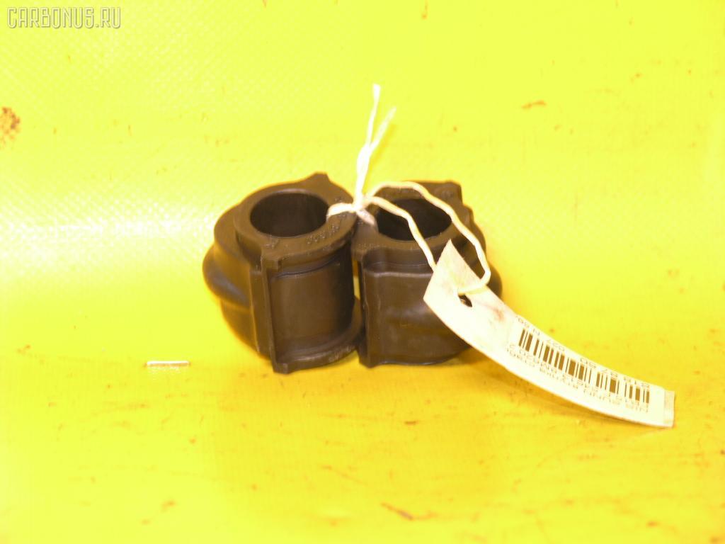 Втулка стабилизатора Nissan Sunny FB15 Фото 1