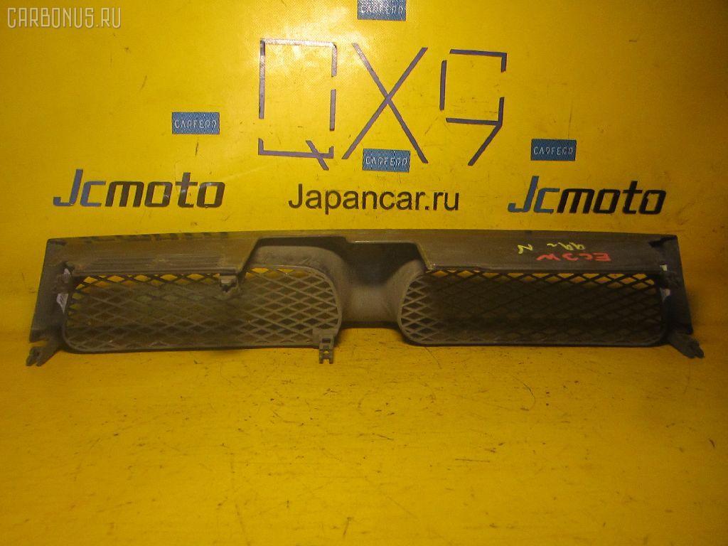 Решетка радиатора MITSUBISHI LEGNUM EC3W. Фото 2