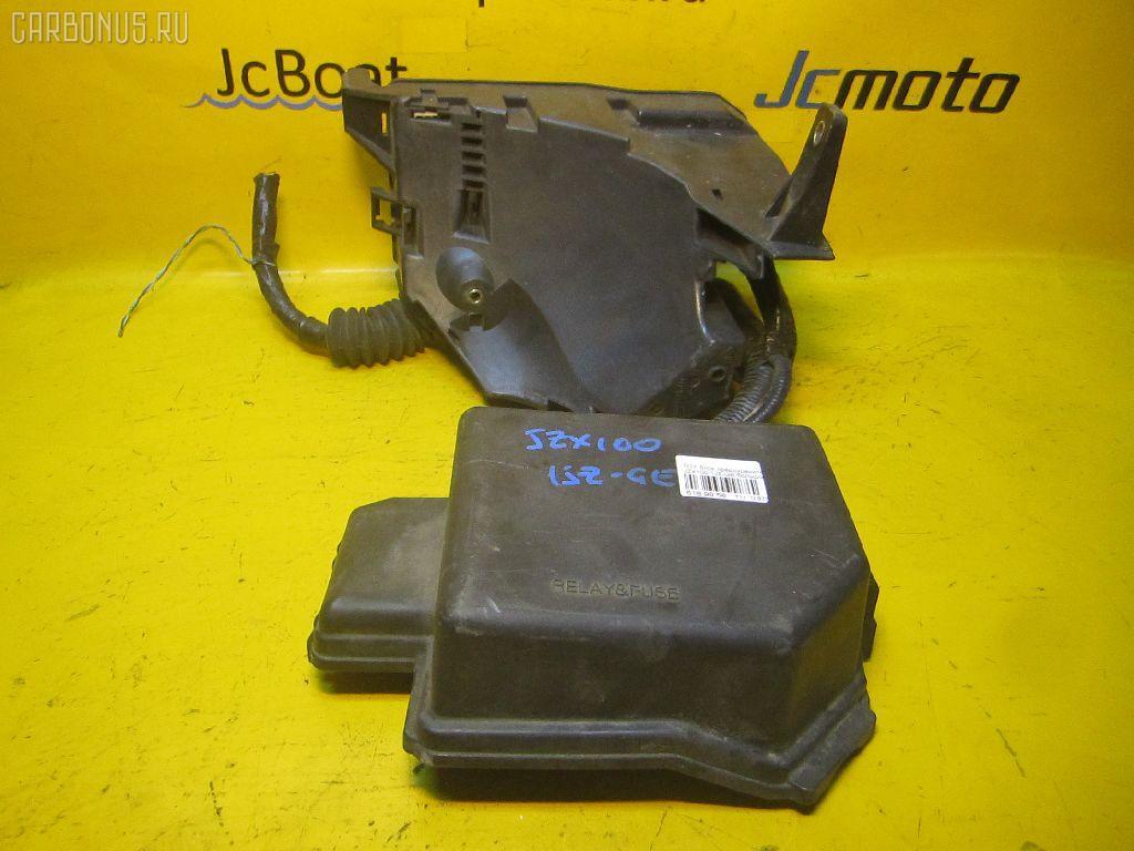 Блок предохранителей TOYOTA JZX100 1JZ-GE. Фото 3