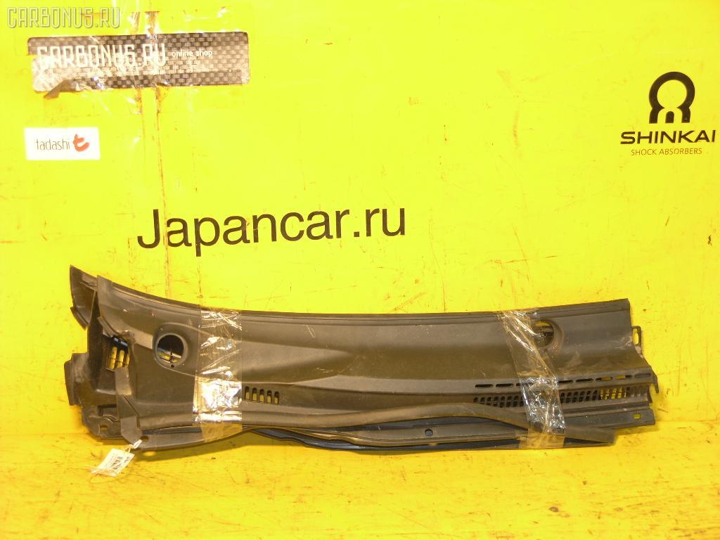 Решетка под лобовое стекло TOYOTA COROLLA NZE121. Фото 2