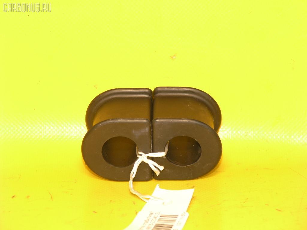 Втулка стабилизатора TOYOTA GX81. Фото 2
